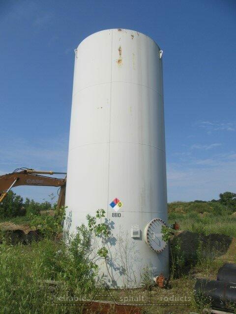 Meeker Vertical Waste Oil Tank